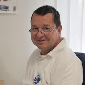 MUDr. Vladimír Holoubek